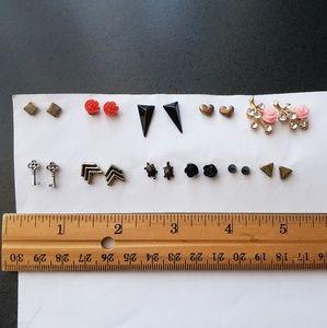 lot of 11 pairs of stud earrings